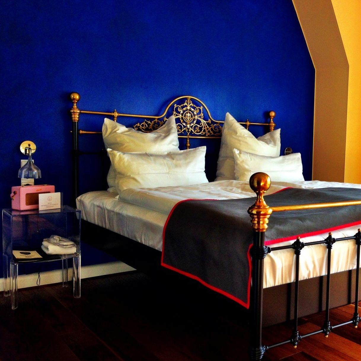cecilie moestue the dude hotel berlin. Black Bedroom Furniture Sets. Home Design Ideas
